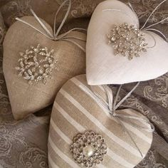 Example of decoration the best heart crafts for valentines day 1 – fugar Valentine Decorations, Valentine Crafts, Valentines Day, Fabric Christmas Decorations, Felt Christmas, Christmas Crafts, Xmas, Burlap Christmas, Embroidered Christmas Ornaments