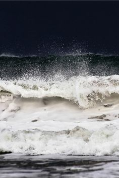 disminucion: Shouting waves, Tim's Dreams