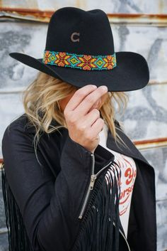 Rambler Collection Fur Felt with Southwest Beaded Hatband, Leather Flower & Concho and Feather Embellishment Brim Made in the USA Small: 21 - Medium: 22 - Large: 23 - XLarge: Rodeo Outfits, Outfits With Hats, Country Outfits, Western Outfits, Western Wear, Western Hats, O Cowboy, Felt Cowboy Hats, Cowgirl Hats