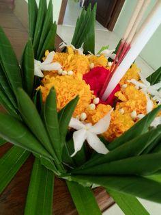 ลอยกระทง / Loy Krathong Festival