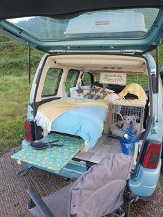 Diy Van Camper, Suv Camper, Mini Camper, Van Conversion For Family, Berlingo Camper, Mini Motorhome, Rental Vans, Minivan Camper Conversion, Custom Mercedes