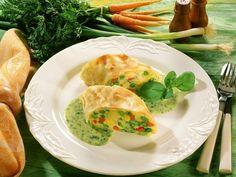 Pikanter Gemüsestrudel ist ein Rezept mit frischen Zutaten aus der Kategorie Strudel. Probieren Sie dieses und weitere Rezepte von EAT SMARTER!