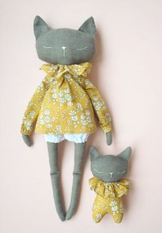 Beautiful Handmade Linen Cat Dolls | QuelCarrousel on Etsy