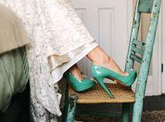 Αποτέλεσμα εικόνας για χρωμα στα νυφικα παπουτσια