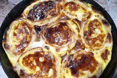 Перепечи: рецепт удмуртского блюда | Удмуртская кухня — одна из самых интересных на свете. В ней много вкусных блюд. В первую очередь хотелось бы поделиться с рецептом перепечей. Перепечи — это одно из старинных удмуртских национальных блюд, которые готовят либо в русской печи, либо в духовке или микроволновой печи.