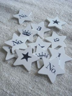 Numbers, stars and crowns.
