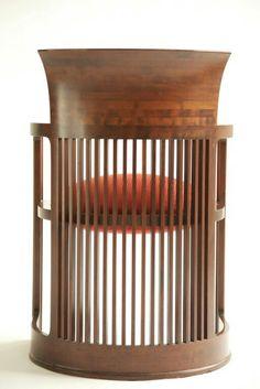 Back of Frank Lloyd Wright barrel chair Modern Wood Furniture, Cool Furniture, Furniture Design, Dream Furniture, Frank Lloyd Wright Homes, Love Chair, Amazing Decor, Barrel Chair, Architecture Design