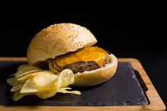 Classica   Burger   Hamburguesa   Hamburguesería   Lugar: c/ Ramón trias fargas 2, 08005 Barcelona   Estilos de Comida: Hamburguesas - Tapas   Horario: Mar - Jue: 9:00 - 17:00, Vie - Sáb: 9:00 - 3:00, Dom: 9:00 - 21:00