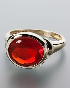Feiner Goldring mit großem Feueropal von Terra opalis #schmuck #terra #opalis #opal #edelstein #ring