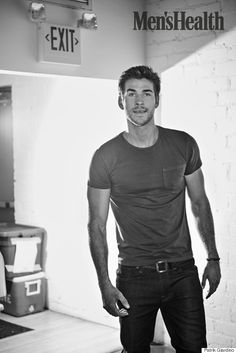 Hunger Games Star Liam Hemsworth On Veganism, Boxing And His Love Of Dirty Gyms