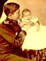 De ieri şi de azi: Regii au fost şi ei copii: Carol al II-lea Romania, 27 August, Couple Photos, Couples, Painting, Google, Movies, Couple Shots, Couple Pics