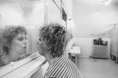 Mary Ellen Mark, Carol Looking at Her Reflection in Mirror, 1976 Mary Ellen Mark, Famous Photographers, Portrait Photographers, Helen Levitt, Robert Frank, Diane Arbus, Famous Black, Advertising Photography, Black And White Portraits
