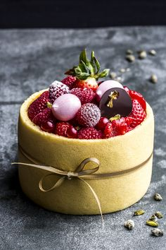 Stian Broch Norwegian photographer specialized in Food & Beverage Based in Oslo and Askim, Norway Cake Bouquet, French Patisserie, Pastry Shop, Small Cake, French Pastries, Frisk, Mini Cakes, Food Photo, Bon Appetit