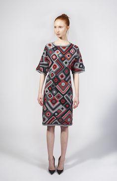 from Spencer Vladimir… Crochet Coat, Crochet Blouse, Crochet Clothes, Knit Dress, Knitwear Fashion, Crochet Fashion, Freeform Crochet, Irish Lace, Crochet Designs
