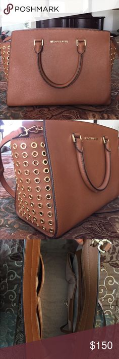 Michael Kors Bag Basically brand new! It was given to me as a present a year or so ago and I wound up never using it. It would be a waste to sit around. Michael Kors Bags Shoulder Bags