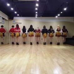 Twice dance practise  ooh aah remix version - - I dont own the video #Kpop #Kpopfff #Kpopf4f #REDVELVET #BLACKPINK #TWICE #kpopl4l