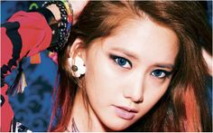 Do you know Korean Pop star Yoona wear circle lenses? Read more in http://www.uniqso.com/korean-celebrities-wearing-korean-circle-lenses