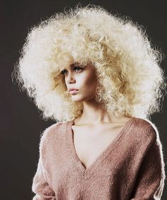 White girl Afro Frida Aasen By Blommers Schumm For Vogue Netherlands September 2013