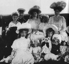 "Grand duchesses with their dolls on the Imperial yacht ""Shtandart"". Alexei, an officer, Tatiana, Alexandra Feodorovna, Maria, Anastasia. 1911. Detail of a photograph.  #Russian #history #Romanov"