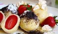 Výborné sladké hlavní jídlo. Knedlíky plněné jahodami nebo jiným ovocem. Dobrou chuť!