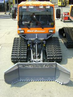 1000HD/AG Tucker-Terra Sno-Cat®