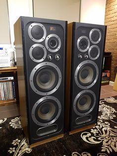 Pro Audio Speakers, Audiophile Speakers, Hifi Audio, Speaker System, Audio System, Case Mods, Kenwood Audio, Speaker Box Design, Home Theater Speakers