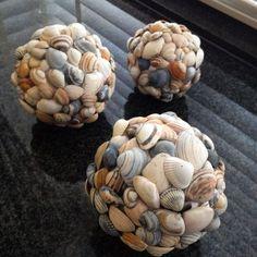 super 45 Inspirierende Sea Shell Craft DIY-Ideen - Diy And Crafts super 45 Inspirational Sea Shell C Seashell Art, Seashell Crafts, Beach Crafts, Diy And Crafts, Arts And Crafts, Crafts With Seashells, Crafts With Rocks, Pot Mason Diy, Mason Jar Crafts