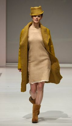 Gallery.ru / Photo # 1 - CHRISTINE BIRKLE - renew  Co The coat is felted for sure.