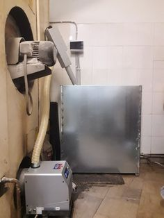 Check out this awesome project: Καυστήρας πελλετ BMIX OVEN σε κυκλοθερμικό φούρνο 12 τελάρων στο Αγρίνιο Photo Work, Vacuums, Flat Screen, Home Appliances, House Appliances, Flat Screen Display, Flatscreen, Appliances