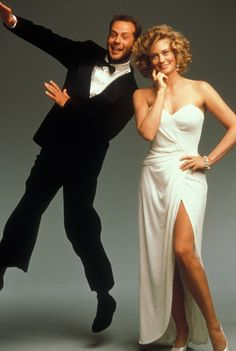 "Cybill Shepherd Bruce Willis: Co-stars in ""Moonlighting"" (TV show) an old fave! When I got my first crush on the guy! Cybill Shepherd, Emma Heming, Bruce Willis, Moonlighting Tv Show, Radios, Nostalgia, Old Time Radio, Old Shows, Vintage Tv"