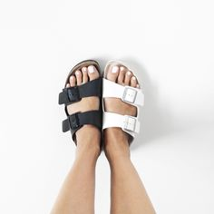 Black and white Birkenstock sandal | MyDubio