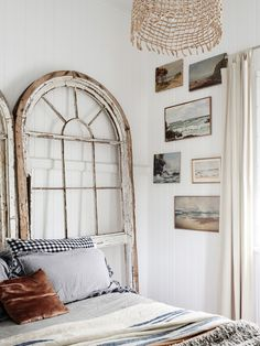 The Brisbane home of stylist and photographer Kara Rosenlund an her husband Timothy O. Production – Lucy Feagins / The Design Files. Brisbane, Bohemian Interior Design, Bohemian Decor, Design Interior, Petits Cottages, Kara Rosenlund, Cottage Style Decor, Headboard Designs, The Design Files