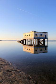 222old historic life-guard building in fuseta, at ria formosa conservation park, algarve. portugal.jpg 600×900 pixels
