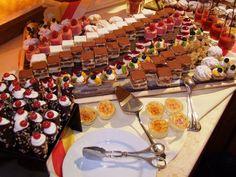 Dessertbuffet für Naschkatzen mit süßen Köstlichkeiten :) http://www.pulverer.at/kulinarik-kaernten.de.htm