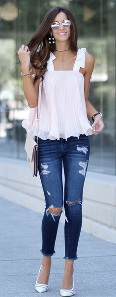 85 Amazing Spring Outfits To Try Now Visit to see full collection Edgy Outfits, Cute Casual Outfits, Fashion Outfits, Casual Clothes, Spring Summer Fashion, Spring Outfits, Corporate Fashion, Love Fashion, Clothes For Women