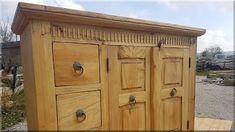 Ruhásszekrények, antik bútorok ok - Antik bútor, antique furniture Vintage Designs, Furniture Design, Shabby Chic, Doors, Fa, Outdoor Decor, Home Decor, Antiques, Antiquities