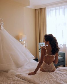 Bridal Boudoir Wedding Photography #weddingphotos #Boudoir #weddingideas Wedding Boudoir, Wedding Photoshoot, Wedding Bridesmaids, Wedding Dresses, Getting Ready Wedding, Wedding Photography Poses, Photo Poses, Weddingideas, Fashion