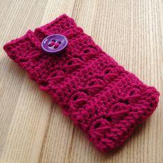 Crochet Mobile Phone Cozy in Fuchsia £3.00 by pyroangel's jewellery box
