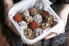 konfekt, bøtte med choko-trøfler
