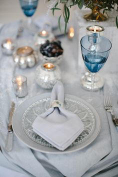 Blue and White Wedding Ideas - Winter wedding place setting | Anastasia Bryukhanova Photography | see more on: http://burnettsboards.com/2015/03/frost-inspired-wedding-editorial/
