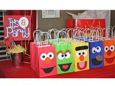 20+ Amazing Elmo Birthday Party Ideas from Real Moms