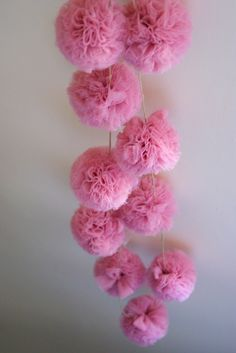 Guirlande pompons de tulle ''Rose Berlingot''
