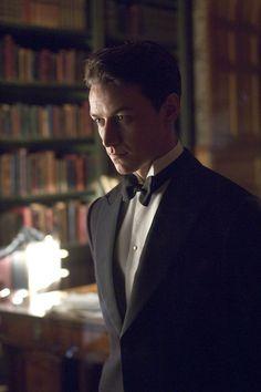 James McAvoy in Atonement. Tiene el rostro más atractivo que he visto en mi vida y el papel del profesor Xavier le añadió un sex appeal que OH-MY-GOD!!!! D: