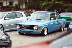 A collection of Volvo content from around the world. Volvo Wagon, Volvo Cars, Retro Cars, Vintage Cars, Fiat 500, Volvo 240, Car Manufacturers, Amazing Cars, Sport Cars