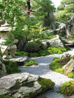 日本庭園 ~枯山水 苔庭:Japanese garden - karesansui Kokeniwa #JapaneseGardenDesignStones