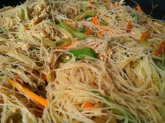 Stir fried rice noodles cooked with chicken or pork and vegetables like cabbage, carrots, celery, snap beans or green beans. Filipino Pancit Bihon Recipe – Noodles for Long Life - Filipino Pancit Bihon Recipe – Noodles for Long Life! Pancit Noodles, Fried Rice Noodles, Vermicelli Noodles, Paula Deen, Pancit Bihon Recipe, Pancit Recipe Shrimp, Pancit Canton Recipe, Filipino Noodles, Asian Noodles
