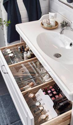 A romantic, relaxing washroom - IKEA Bathroom Drawer Organization, Bathroom Organisation, Makeup Organization, Room Organization, Bathroom Makeup Storage, Organized Bathroom, Organize Bathroom Drawers, Organisation Ideas, Bad Inspiration