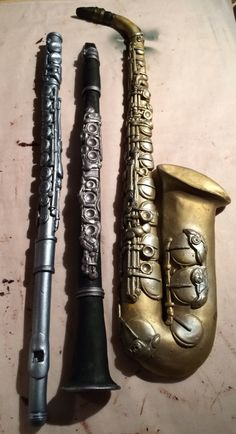 Airbrushed chocolate flute, clarinet and saxophone - step-by-step tutorial by Jorg Amsler
