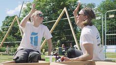 Trestykker er en frivillig gruppe studenter som sommeren 2016 gjennomførte planlegging og bygging av et parkområde i Ski kommune    Filmen laget på oppdrag for Sparebankstiftelsen DNB