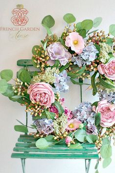 Learn about Lidy Baar's top spring decor ideas. Photo courtesy of French Garden House. Wreaths For Front Door, Door Wreaths, Rustic Wreaths, Romantic Flowers, Beautiful Flowers, Victoria Magazine, Shabby, Spring Door, Summer Wreath